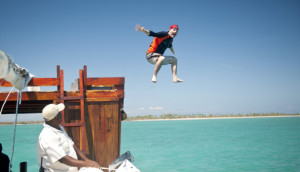 Dhow safari-plunging-fun-luxury-tropical-islands-with-game-viewing